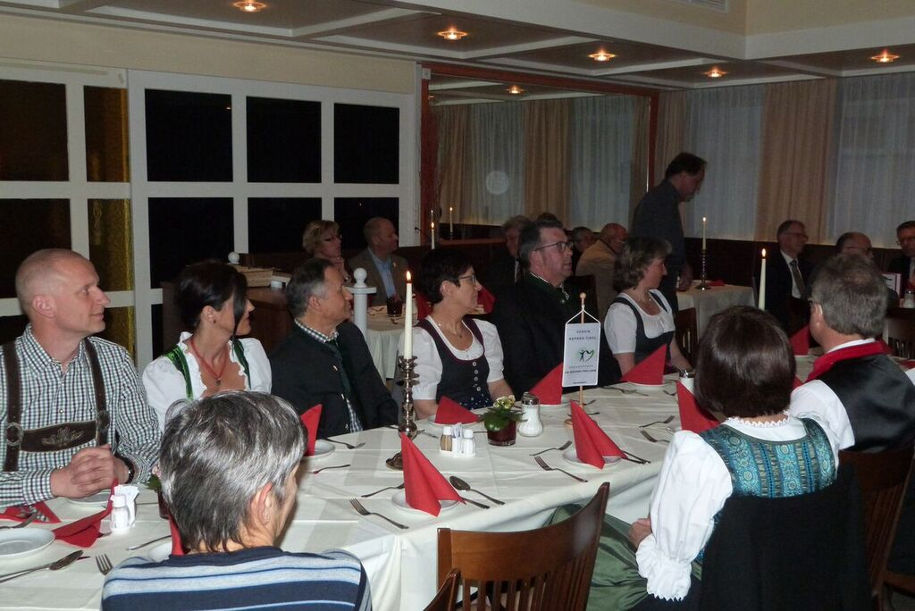 Blick zu den Tagungsgästen im Restaurant [@VNOÖ/Christian Deimel]